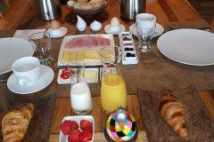 2-Ontbijt-afzonderlijk-opgediend-scaled